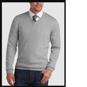 Joseph Abboud Light Gray VNeck Merino Wool Sweater